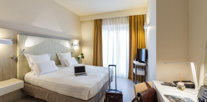executive-double-room-2