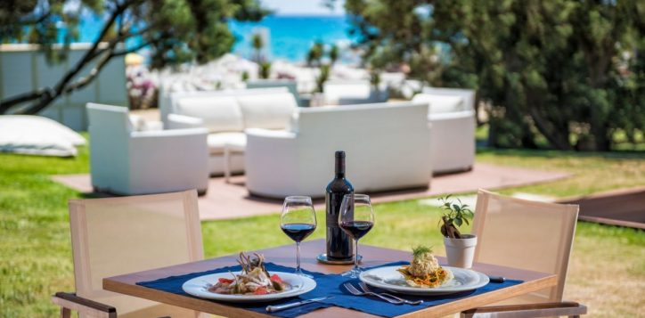 i-ginepri-beach-restaurant-lunch-time-2